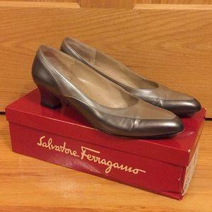 Vintage Salvatore Ferragamo leather heels